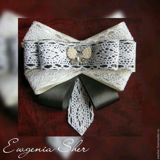 Брошь галстук `Бабочка`