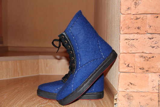 Обувь ручной работы. Ярмарка Мастеров - ручная работа. Купить Ботинки валяные Ультрамарин. Handmade. Тёмно-синий, валенки
