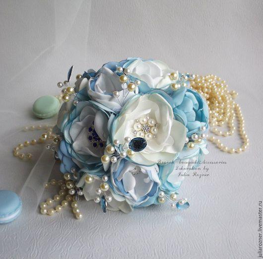 Свадебные цветы ручной работы. Ярмарка Мастеров - ручная работа. Купить Голубой брошь-букет. Handmade. Голубой, синий брошьбукет