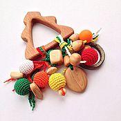 Куклы и игрушки ручной работы. Ярмарка Мастеров - ручная работа Игрушка для малыша погремушка-погрызушка Новогодняя ёлочка (грызунок). Handmade.
