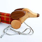 Куклы и игрушки ручной работы. Ярмарка Мастеров - ручная работа Такса на веревочке - деревянная игрушка. Handmade.