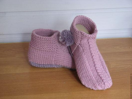 Обувь ручной работы. Ярмарка Мастеров - ручная работа. Купить Тапочки с помпонами. Handmade. Бледно-сиреневый, для дома, тапочки домашние