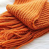 Аксессуары ручной работы. Ярмарка Мастеров - ручная работа Длинный вязаный тёплый шарф цвета тыквы. Handmade.