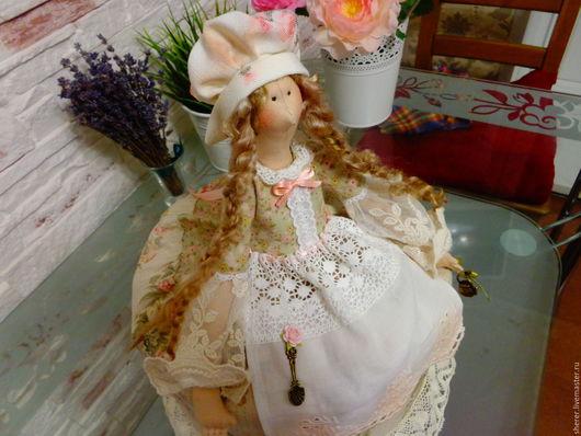 Куклы Тильды ручной работы. Ярмарка Мастеров - ручная работа. Купить Кукла грелка  на чайник в стиле Тильда. Handmade. Бежевый