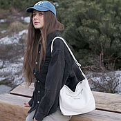 Сумки и аксессуары handmade. Livemaster - original item White Crossbody Bag Leather Crossbody Bag Hobo Bag. Handmade.