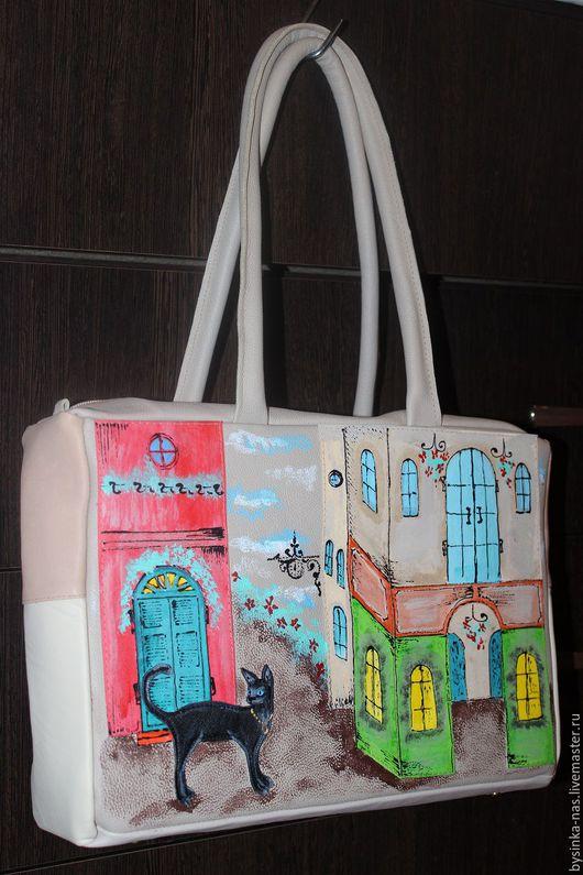 Женские сумки ручной работы. Ярмарка Мастеров - ручная работа. Купить Женская Кожаная сумка Кошка на прогулке в бежевых тонах. Handmade.