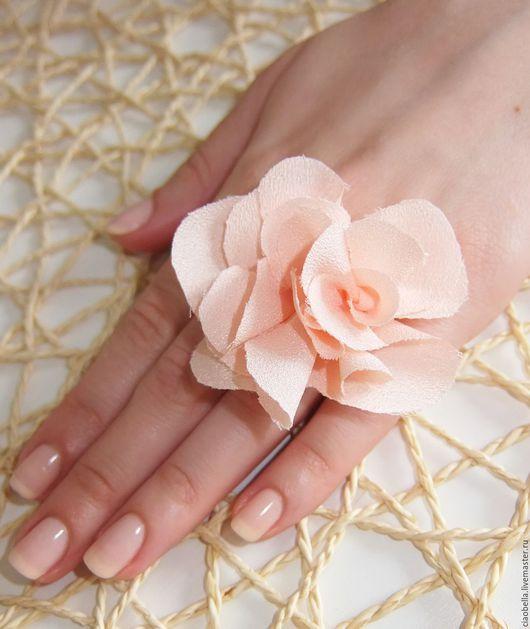 """Кольца ручной работы. Ярмарка Мастеров - ручная работа. Купить Колечко """"Нежность..."""". Handmade. Кремовый, кольцо в виде цветка"""