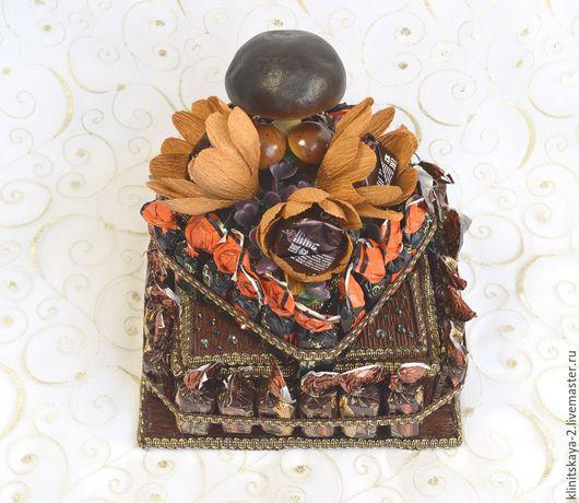 """Букеты ручной работы. Ярмарка Мастеров - ручная работа. Купить Букет из конфет, торт-шкатулка из конфет """"Трюфель"""", конфетный подарок.. Handmade."""