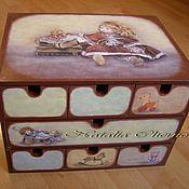 """Для дома и интерьера ручной работы. Ярмарка Мастеров - ручная работа Комодик для девочки """"Любимая кукла"""". Handmade."""