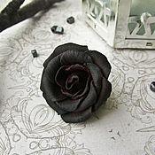 Украшения ручной работы. Ярмарка Мастеров - ручная работа Маленькая брошь черная роза из полимерной глины. Handmade.
