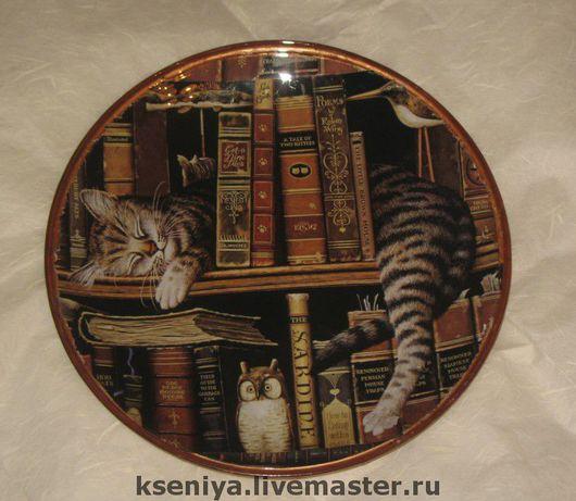 """Декоративная посуда ручной работы. Ярмарка Мастеров - ручная работа. Купить Декоративная тарелка """"Читатель"""". Handmade."""