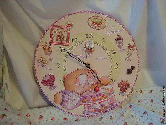 """Часы для дома ручной работы. Ярмарка Мастеров - ручная работа. Купить Часы """"Мишка-сладкоежка"""". Handmade. Большие часы, сладкоежка"""