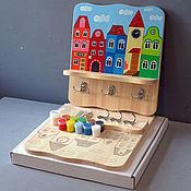 """Для дома и интерьера ручной работы. Ярмарка Мастеров - ручная работа Полка-вешалка """"Домики-1"""" (набор с контурами и красками). Handmade."""