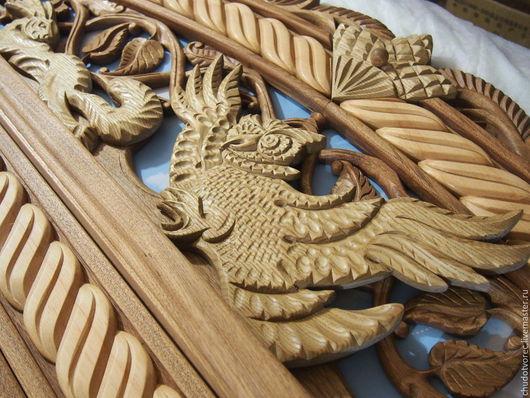 Центр резного деревянного навершия- Сова из дерева бархата Амурского. Купить наличник.