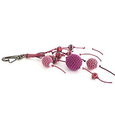 Аксессуары ручной работы. Ярмарка Мастеров - ручная работа Брелок для ключей сумки Малиновый смузи розовый малиновый. Handmade.