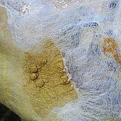 Аксессуары ручной работы. Ярмарка Мастеров - ручная работа Палантин нуно-войлок с брошью Сусальный шёлк. Handmade.