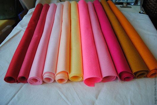 Фетр листовой мягкий, размер 45*36 см, 120р. Красный, Светло-вишневый, Бледно-розовый, Нежно-поросячий, Светлый персик, Светло-бледно желтый, Глубокий розовый, Джазовый джем,Амарантово-пурпурный, Те