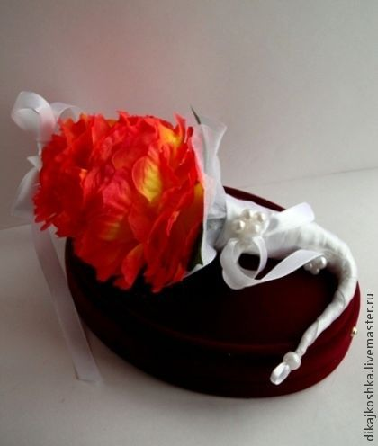 """Свадебные аксессуары ручной работы. Ярмарка Мастеров - ручная работа. Купить Подушечка для колец """"Рыжая гламелия"""". Handmade. Рыжий"""