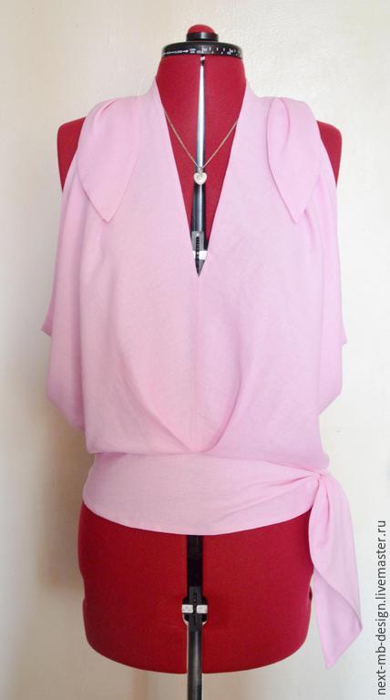 Авторская блузка ручной работы. Изящная блуза-топ из тонкой нежно-розовой хлопковой ткани легка, воздушна и носить приятно.