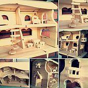Куклы и игрушки ручной работы. Ярмарка Мастеров - ручная работа Деревянный домик с мебелью на заказ. Handmade.
