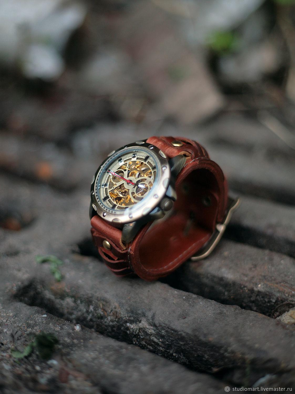 Мужские кварцевые российские наручные часы