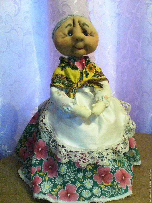 Кухня ручной работы. Ярмарка Мастеров - ручная работа. Купить кукла-грелка на чайник. Handmade. Зеленый, сувенир, пряжа акрил