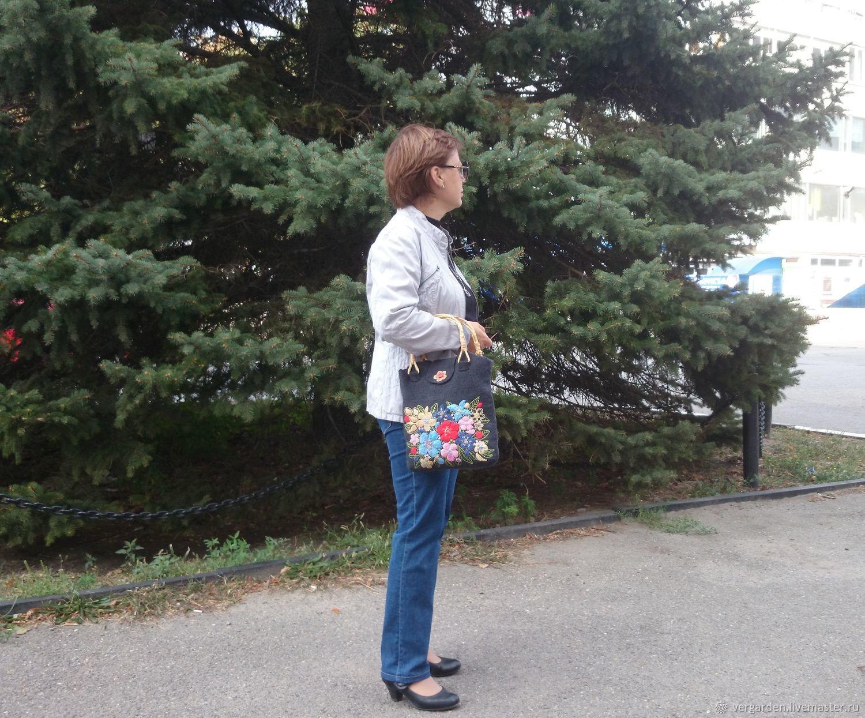 Felt bag 'Summer bouquet', Classic Bag, Azov,  Фото №1