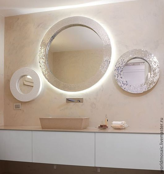Зеркала ручной работы. Ярмарка Мастеров - ручная работа. Купить Зеркало в мозаичной раме, белый жемчуг. Handmade. Белый