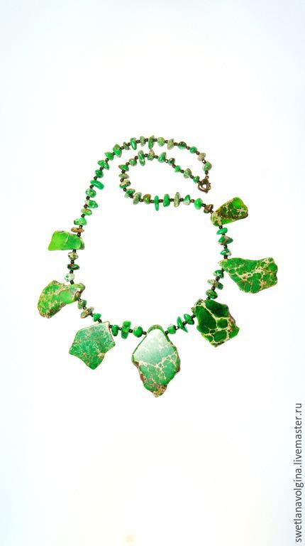 """Колье, бусы ручной работы. Ярмарка Мастеров - ручная работа. Купить Ожерелье из варисцита """"Сочная трава"""". Handmade. Ярко-зелёный"""