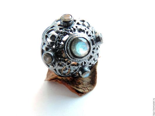 Кольца ручной работы. Ярмарка Мастеров - ручная работа. Купить 19.0 Оригинальное Серебряное Кольцо с лабродоритом родированное. Handmade.