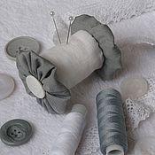 Материалы для творчества ручной работы. Ярмарка Мастеров - ручная работа Игольница-катушка. Handmade.