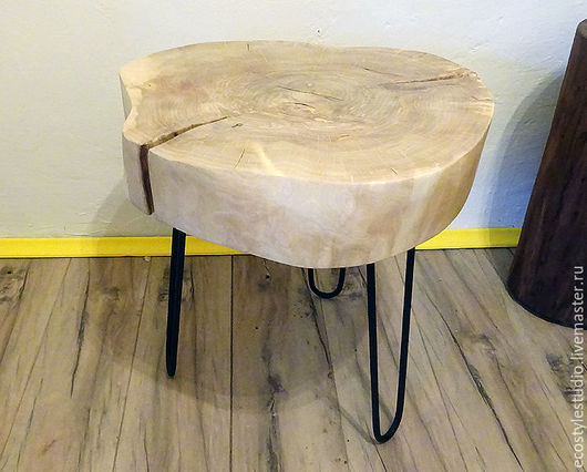 Стол из слэба дерева в квартиру