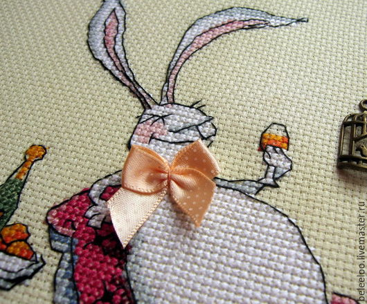 """Животные ручной работы. Ярмарка Мастеров - ручная работа. Купить """"Жизнь удалась!"""", картина с объемными элементами. Handmade. Белый кролик"""