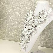 Украшения handmade. Livemaster - original item Dance Of The Roses. white. Necklace made of genuine leather.. Handmade.