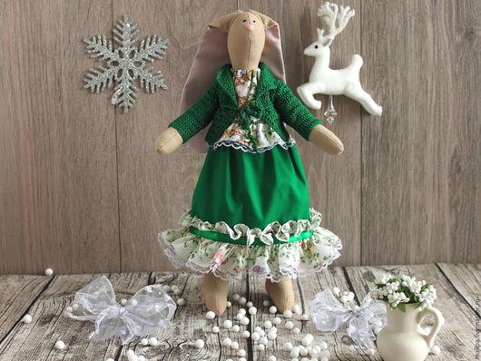 Песочная зайка игрушка Дуняша (Тильда заяц) Автор: Mallpa (Елена) Замечательная игрушечная зайка Дуняша. Это замечательная детская мягкая игрушка из ткани для ребенка - обаятельная зайка тильда.