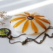 """Посуда ручной работы. Ярмарка Мастеров - ручная работа Блюдце из стекла """"Цветочное белое"""", 8 см, фьюзинг. Handmade."""