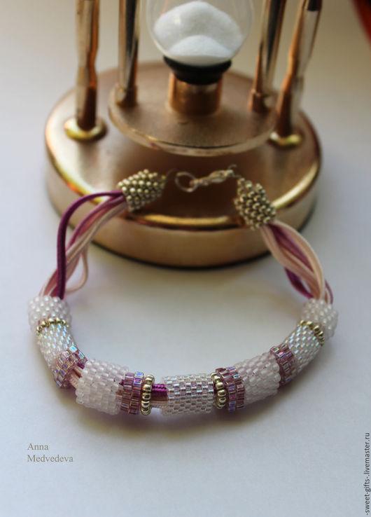 """Браслеты ручной работы. Ярмарка Мастеров - ручная работа. Купить Браслет на руку """"Вишневый цвет"""". Handmade. Бледно-розовый, лиловый"""