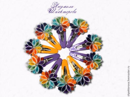 """Детская бижутерия ручной работы. Ярмарка Мастеров - ручная работа. Купить Заколка для девочки канзаши """"Цветик-семицветик"""". Handmade. Разноцветный"""