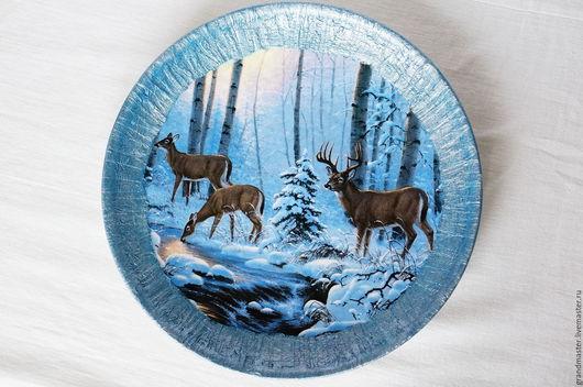 Декоративная посуда ручной работы. Ярмарка Мастеров - ручная работа. Купить Тарелка с оленями. Handmade. Голубой, тарелка сувенирная, олени