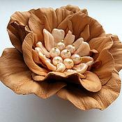Украшения handmade. Livemaster - original item Brooch leather Beige and peach flower with pearls. Handmade.