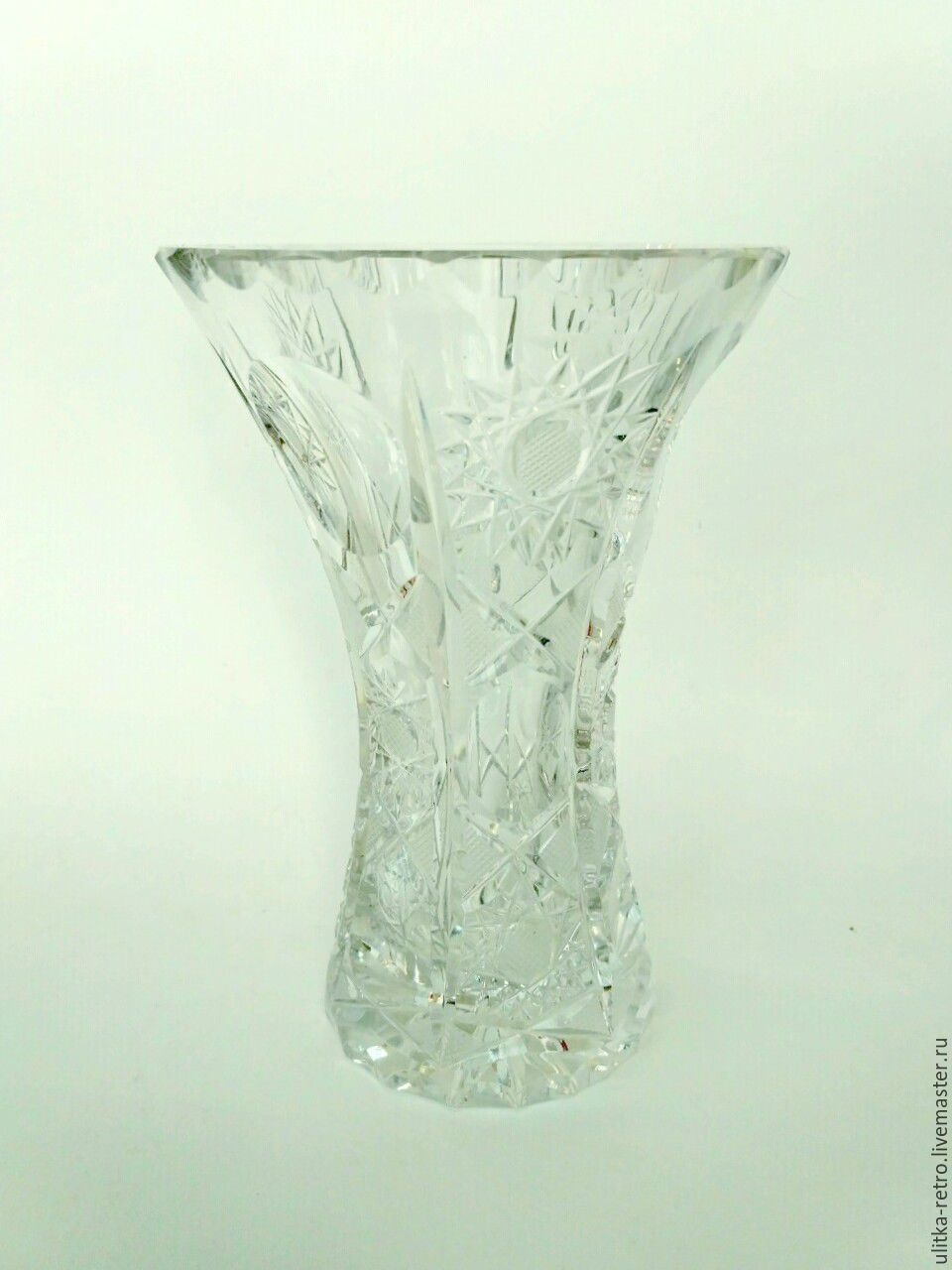 Crystal vase with waisted, Vintage interior, Moscow,  Фото №1