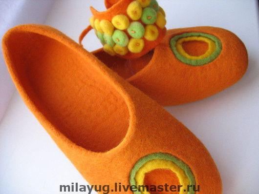 """Обувь ручной работы. Ярмарка Мастеров - ручная работа. Купить """"Оранжевое солнце"""" комплект. Handmade. Валяные тапочки, домашняя обувь"""