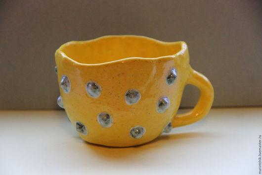 Кружки и чашки ручной работы. Ярмарка Мастеров - ручная работа. Купить Чашка жёлто-солнечная с пупырками цвета бирюза. Handmade.