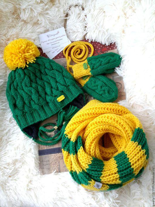"""Шапки и шарфы ручной работы. Ярмарка Мастеров - ручная работа. Купить Комплект зимний """"Green field"""" шапка, снуд, варежки. Handmade."""