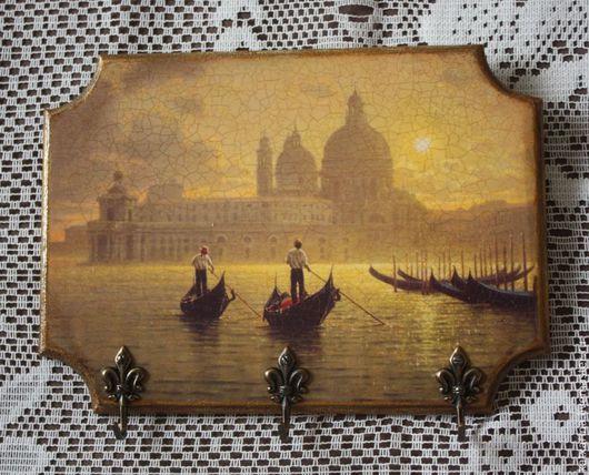 """Прихожая ручной работы. Ярмарка Мастеров - ручная работа. Купить Ключница """"Рассвет в Венеции"""". Handmade. Ключница декупаж, ключница в прихожую"""