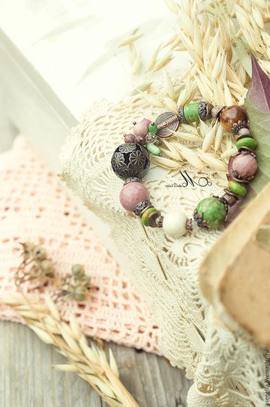 """Браслеты ручной работы. Ярмарка Мастеров - ручная работа. Купить Браслет """"Яблонька"""". Handmade. Разноцветный, нежность, зеленый с розовым, говлит"""