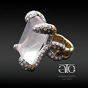 Кольцо с розовым кварцем и CZ. Серебро 925пробы, золочение 24К