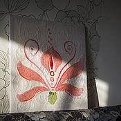 """Картины и панно ручной работы. Ярмарка Мастеров - ручная работа Панно  """"Аленький цветочек"""". Натуральная шерсть.. Handmade."""