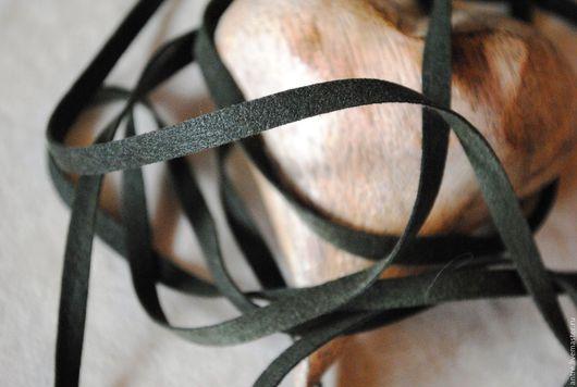 Шитье ручной работы. Ярмарка Мастеров - ручная работа. Купить Лента (шнур) исскуственная замша двусторонняя Темный Болотный (Италия). Handmade.