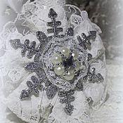 Подарки к праздникам ручной работы. Ярмарка Мастеров - ручная работа Снежинки -ЕЛОЧНЫЕ игрушки. Handmade.